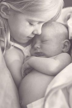 new babies, sibling pics, newborn photography, sibling photos, baby sister, family photography, sibling photography, sibling pictures, photo challenges
