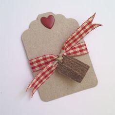 etiquetas de cartulina craft