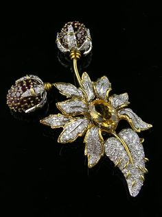 White and yellow diamond brooch