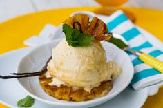 Grilled Pineapple with Rum Syrup and Frozen Yogurt. Delicious dessert perfect for warm weather:).  #grilledpineapple