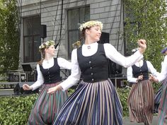 Latvian dancers