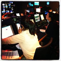 Our @fastmoneylydia in Control with Patricia @ CNBC Headquarters