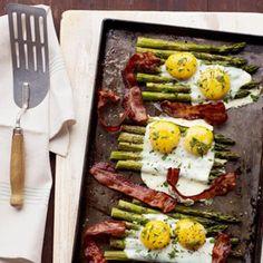 Eggs, asparagus, bacon with thyme