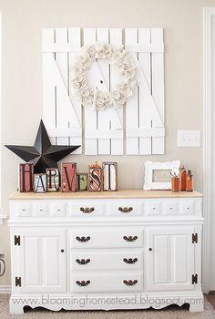 DIY Barnwood Shutters with burlap wreath decor, barnwood shutter, burlap wreaths, idea, barn doors, shutters, barn wood, wood doors, barn houses