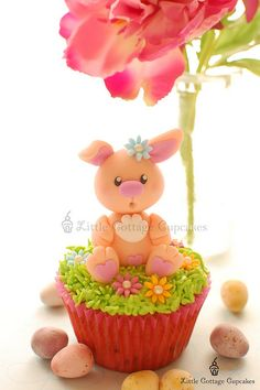 My Sweetie Bunny! by Little Cottage Cupcakes, via Flickr #cupcakes #cupcakeideas #cupcakerecipes #food #yummy #sweet #delicious #cupcake