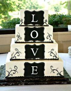 El detalle de esta torta de casamiento es precioso!! Y con solo cuatro piso se transforma en AMOR muy simplemente!!