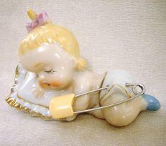 Vintage baby pin keep...