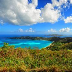 Magens Bay, Charlotte Amalie, St. Thomas, US Virgin Islands by Edgar Barany