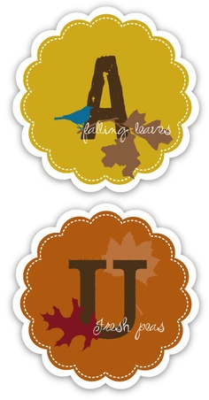 A listing of great fall/thanksgiving ideas with links to the printables and tutorials.