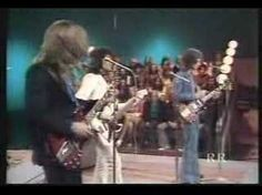 Badfinger - Baby Blue (Kenny Rogers Show 1972) - such a great band and sadly, long forgotten. Both songwriters committed suicide, one in 1975 and the other in 1983.