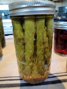 Leena Cooks n Cans: Spicy Dill Pickled Asparagus