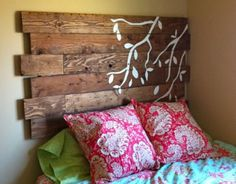 I'd like to paint that branch on a section of old pallet and hand on the wall as decor instead of Pallet Headboard