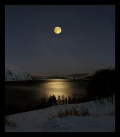 Full moon -- Pic By Lennart. K.V. Bardal