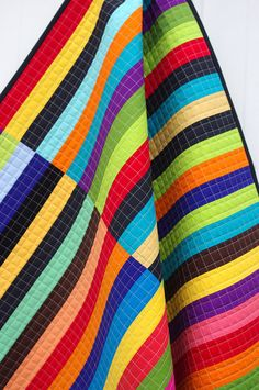 colors. by red pepper quilts. love grid quilting.............