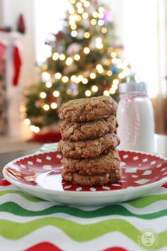 Oatmeal peanut butter cookies.  {no flour}  {no butter}