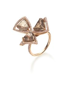 Flower shaped ring made of natural rough diamonds!