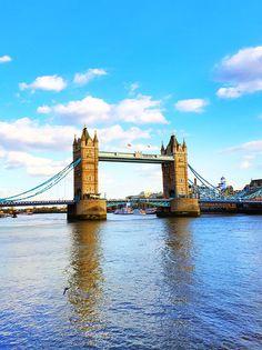 London Tower Bridge. Tips for Planning a London Vacation. www.kevinandamanda.com. #travel #london #england