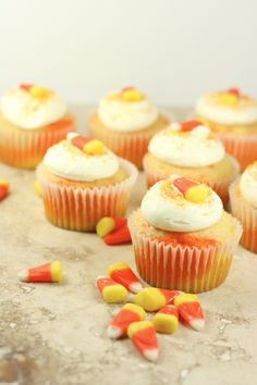 Candy Corn Cupcakes - such a cute idea! By @Julie Forrest   The Little Kitchen