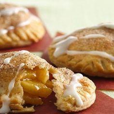 Apple Pie Pops. Looks yummy