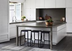 Toorak House Robson RAK Architects | © Sharyn Cairns 01 | Est Magazine island details