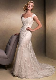Seriously, who could say no to this dress?? <3