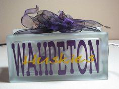 Wahpeton Huskies (Wahpeton, ND) block