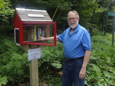 Build a Little Free Library that looks like a Vermont Covered Bridge! Blueprints, necessary tools and exact instructions can be found at: http://www.instructables.com/id/Little-Free-Library/