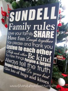 LOVE the Family Rules Canvas and how Personal Creations puts your family last name right into the art!! #PCholiday #ad