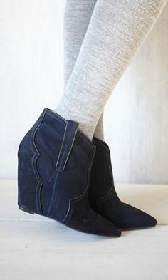 Farrah boots - Plümo Ltd
