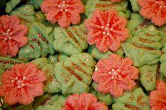 Vanilla Almond Sugar Christmas Cookies | A Girl's Guilty Pleasures