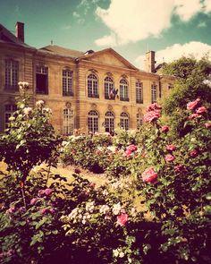 French Mansion & Garden