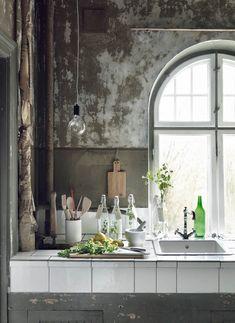 interior, patina, rustic kitchens, kitchen windows, shabby kitchen, kitchen walls
