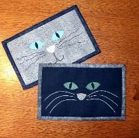 Cat Face Mug Rug - Cat Mini Quilt - via @Craftsy
