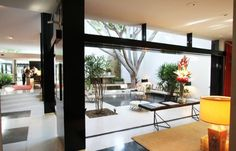 Brody house in Holmby Hills, Los Angeles.