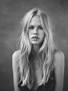 messi hair, lock, wave, beauti, tussled hair, beach, black blonds, long, messy blonde hair