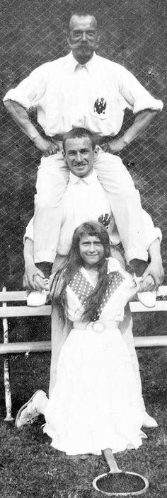 In happier days.   Tsar Nicholas II (Top), Officer, Grand Duchess Anastasia