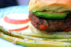 Nibbles by Nic: Garden Chicken Burger w Avocado
