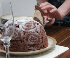 Lorraine Pascale's chocolate swiss roll bowl cake