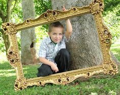 frame prop for portraits via littlelovables