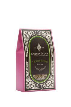 QuintaNova - The Dieline -