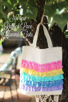 No-Sew Ruffled Lace Canvas Tote made with Cricut Explore -- Laura's Craft Life. #DesignSpaceStar Round 2