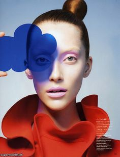 Alana Zimmer in 'Form and Color' - Photographed by Sophie Delaporte (Vogue Japan October 2012)    Complete shoot after the click...