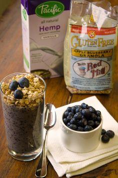 Blueberry Hemp Smoothie #glutenfree #dairyfree #celiacbreakfast