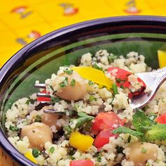 Couscous salad with spicy yogurt dressing (South Beach)