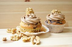 "Walnut chocolate Cupcakes with ""Nutella"" butter cream 