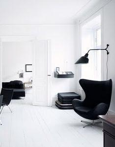 Via Lotta Agaton | Black and White | Arne Jacobsen Egg Chair