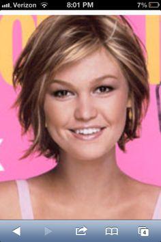 Julia Stiles hair