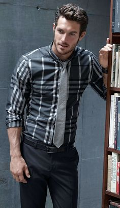 Cool shirt and tie combo .Justice Joslin