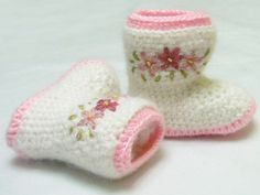 Ravelry: Crochet Baby Boots with Embroidery Pattern-PDF pattern by Yofi design