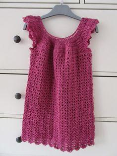 By Dalhoff: Hæklet kjole til Anna Victoria